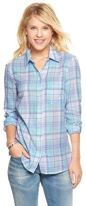 Gap Fitted boyfriend plaid flannel shirt