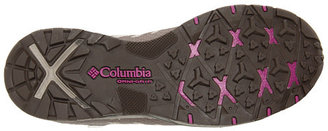 Columbia PeakfreakTM Low Outdry®
