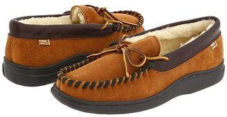 L.B. Evans Atlin (Saddle Suede W/Sherpa Lining) Men's Slippers