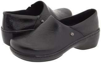 Klogs USA Genoa (Black Smooth Leather) - Footwear