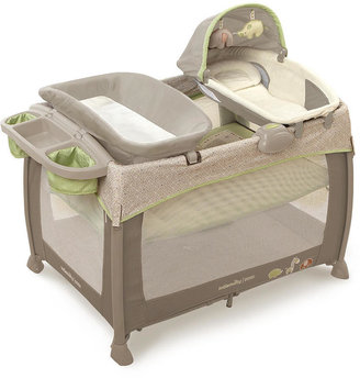 Ingenuity Deluxe Washable Play Yard with Dream Centre - Shiloh