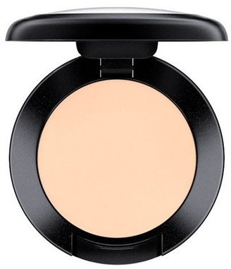 MAC Studio Finish Spf 35 Concealer - Nc10 $20 thestylecure.com