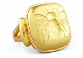 Elizabeth Locke 19k Gold Bee Cushion Ring, Size 6