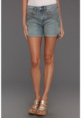 Calvin Klein Jeans Vintage Comfort Stretch Saltwater Wash Weekend Short w/ Embroidery Women's Shorts