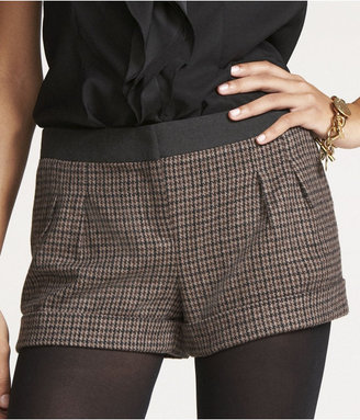 """Express 2 1/2"""" Houndstooth Shorts"""