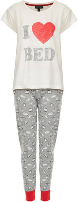 Topshop 'I Heart Bed' Slogan PJ Set