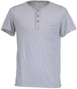 Spina Short sleeve t-shirts