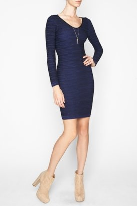 BCBGMAXAZRIA Bcbgeneration Long-Sleeve Seamless Cutout-Back Dress