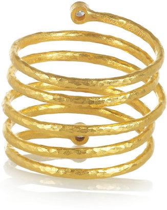 Gurhan Hammered 24-karat gold diamond spring ring