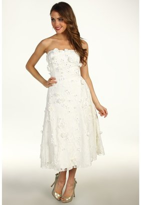 Unique Vintage - Lace Floral Applique Wedding Dress (Ivory) - Apparel