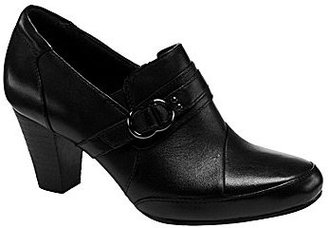 Clarks Sapphire Selene Leather Booties
