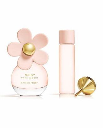 Marc Jacobs Daisy Eau So Fresh Purse Spray $54 thestylecure.com