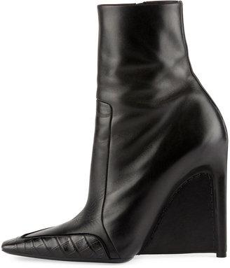 Balenciaga Alligator-Trim Leather Ankle Boot, Noir