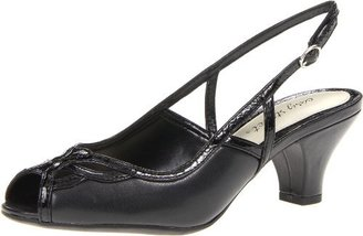 Easy Street Shoes Women's Elena Pump
