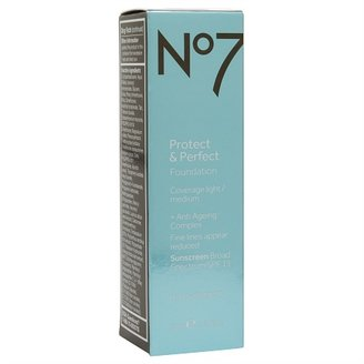 Boots No7 Protect & Perfect Foundation, SPF 15