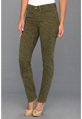 Calvin Klein Jeans Ultmate Skinny Camo (Army Olive) - Apparel