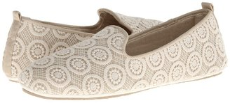 Acorn - Novella Women's Flat Shoes $60 thestylecure.com