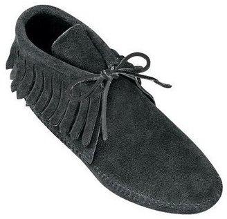 Minnetonka Women's Classic Fringe Soft-sole Boots