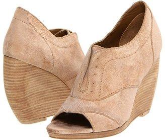 Joe's Jeans Christy (Tan Leather) - Footwear