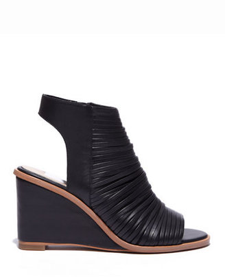Dolce Vita Fain Strappy Leather Wedge Sandals