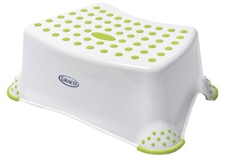 Graco Molded Step Stool $9.69 thestylecure.com