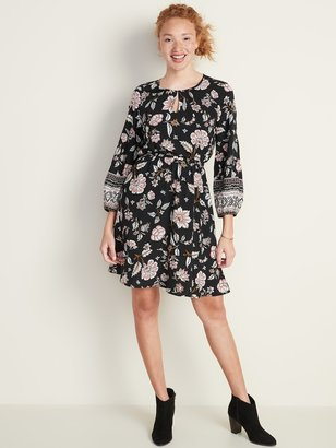 Old Navy Waist-Defined Floral Keyhole Dress for Women