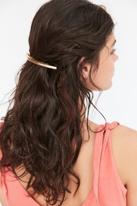 Curved Metal Barrette $12 thestylecure.com