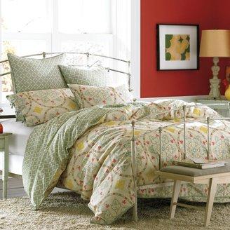 Vue VueTM Kieran Reversible Comforter Set