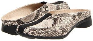 J. Renee Berika (Black/Taupe Marked Leather) - Footwear