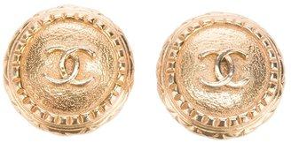 Chanel logo earring