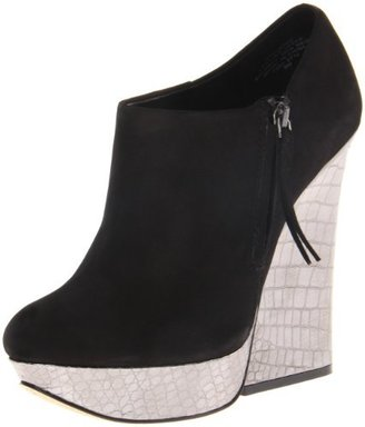 Boutique 9 Women's Elister Ankle Boot