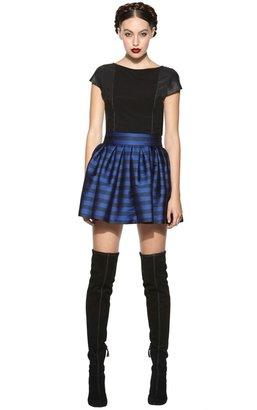 Alice + Olivia Kay Cap Sleeve Tee With Leather Sides