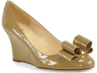 Kate Spade Metro - Patent Leather Wedge Pump in Camel