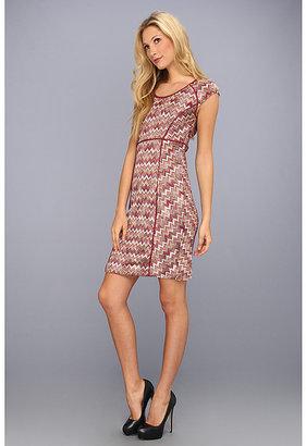 Donna Morgan Chevron Knit Dress w/Piping