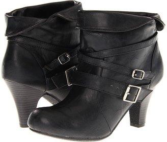 Madden-Girl Sensyy (Black) - Footwear