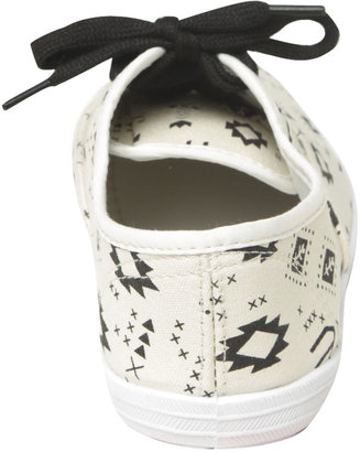 Wet Seal Printed Tennis Shoe