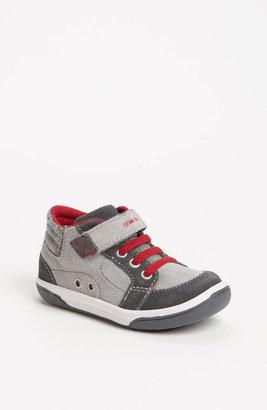 Stride Rite 'Heath' Sneaker (Baby, Walker & Toddler)