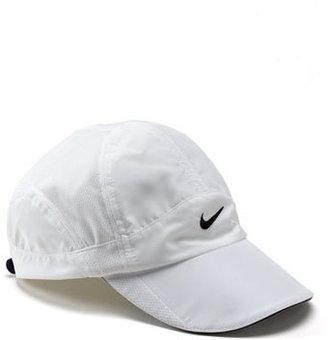 Nike 'Feather Light' Cap