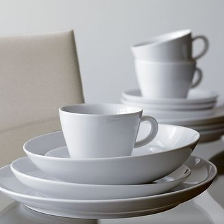 Crate & Barrel Madison 16-Piece Set: four 4-piece place settings.