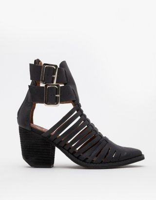 Jeffrey Campbell Lombard
