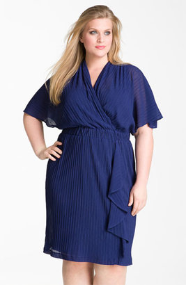 Donna Ricco Ruffle Chiffon Dress (Plus Size) Foil Midnight 20W