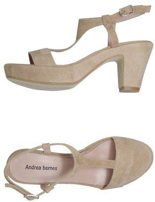 Andrea Bernes Platform sandals