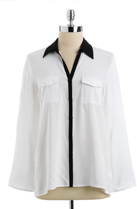 Cable & Gauge Petite Roll-Tab Blouse