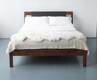 2Modern Alice Tacheny Design - Hide Bed