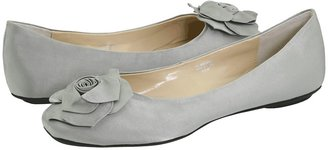 Romantic Soles Geneva Women's Dress Flat Shoes