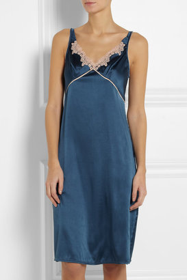Elle Macpherson Intimates Casablanca lace-appliquéd stretch-silk satin chemise