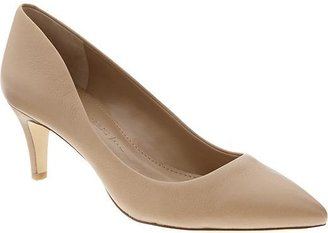 Banana Republic Giah Pump