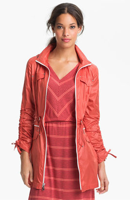 Laundry by Shelli Segal Drawstring Sleeve Packable Anorak (Regular & Petite) X-Small