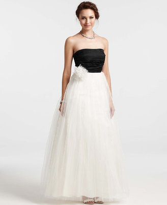 Ann Taylor Pleated Tulle Strapless Wedding Dress