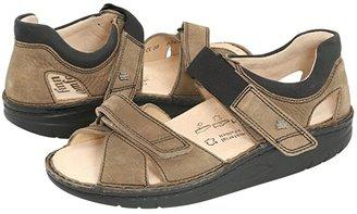 Finn Comfort Samara - 1560 (Mud/Black Leather) Sandals